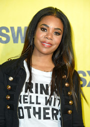 Regina Hall sported a center-parted 'do with barely-there waves at the 2018 SXSW premiere of 'Support the Girls.'