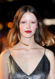Mia Goth went for a simple center-parted lob at the BFI London Film Festival premiere of 'Suspiria.'