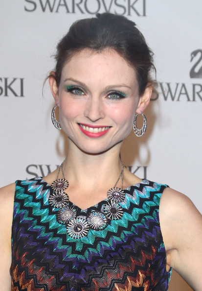 More Pics of Sophie Ellis-Bextor Bright Eyeshadow (1 of 8) - Sophie Ellis-Bextor Lookbook - StyleBistro