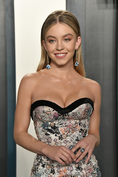 Sydney Sweeney Gemstone Ring [hair,clothing,dress,hairstyle,lady,beauty,blond,strapless dress,cocktail dress,shoulder,radhika jones - arrivals,radhika jones,sydney sweeney,beverly hills,california,wallis annenberg center for the performing arts,oscar party,vanity fair,sydney sweeney,wallis annenberg center for the performing arts,euphoria,oscar party,vanity fair,celebrity,photograph,hbo]