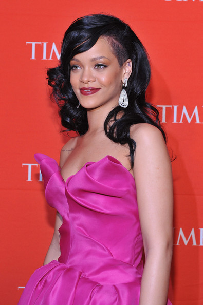 More Pics of Rihanna Long Curls (1 of 9) - Rihanna Lookbook - StyleBistro