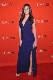 Lisa Bettany gave a glimpse of her leg in this knit gown with a hip-high slit at the Time 100 Gala.