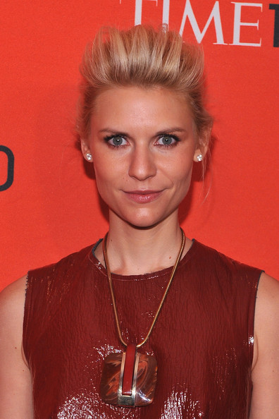 More Pics of Claire Danes Bobby Pinned updo (1 of 4) - Bobby Pinned updo Lookbook - StyleBistro