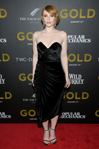 Bryce Dallas Howard looked ultra glam in a ruched, strapless velvet dress by Preen at the world premiere of 'Gold.'