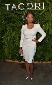 Garcelle Beauvais showed off her curvy figure in a fitted, zip-embellished LWD during the Riviera at the Roosevelt event.
