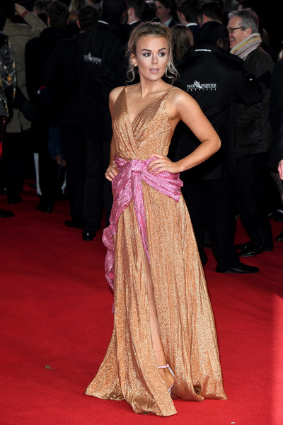 Tallia Storm Wrap Dress [star wars: the last jedi european premiere,european premiere of star wars: the last jedi,red carpet,dress,shoulder,gown,clothing,carpet,fashion model,premiere,flooring,hairstyle,england,london,royal albert hall,red carpet arrivals,tallia storm]