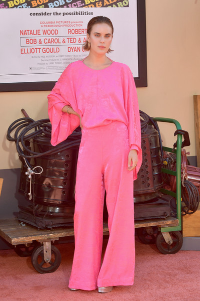 Tallulah Willis Jumpsuit [once upon a time...in hollywood,clothing,pink,peach,pajamas,flooring,magenta,carpet,formal wear,fashion design,arrivals,tallulah willis,los angeles,hollywood,california,sony pictures,los angeles premiere]