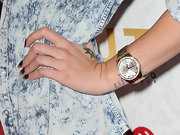 Leah LaBelle sported a gold diamond-faced watch on the red carpet of Justin Timberlake's album '20/20.'