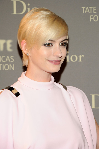 More Pics of Anne Hathaway Pixie (5 of 7) - Anne Hathaway Lookbook - StyleBistro
