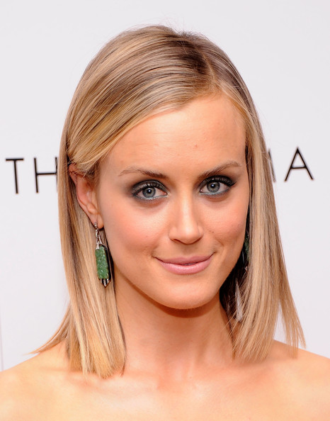 Taylor Schilling Dangling Gemstone Earrings [the lucky one,hair,face,hairstyle,eyebrow,blond,chin,skin,forehead,beauty,shoulder,taylor schilling,arrivals,screening,cinema society mens health,crosby street hotel,new york city,cinema society mens health host a screening of ``the lucky one]