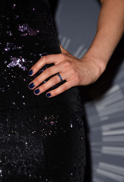 Taylor Schilling Gemstone Ring [black,nail,dress,hand,finger,ring,engagement ring,manicure,nail care,material property,taylor schilling,2014 mtv video music awards,fashion detail,room,press room,inglewood,california,the forum]