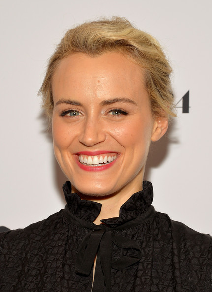 Taylor Schilling Loose Bun [the bling ring,hair,face,facial expression,hairstyle,lip,blond,eyebrow,chin,smile,forehead,taylor schilling,new york,paris theatre,screening,screening]