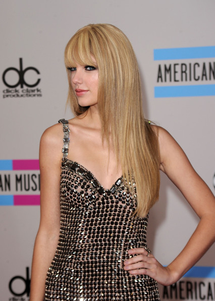 Long Straight Cut, Long Hairstyle 2013, Hairstyle 2013, New Long Hairstyle 2013, Celebrity Long Romance Hairstyles 2043