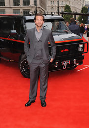Bradley Cooper wore a three piece slate gray suit to 'The A-Team' premiere.