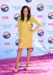 Nothing is more cheerful than a bright yellow dress on the red carpet!