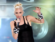 Gwen Stefani wore these chunky tribal bangles with her sheer black tank on stage at the Teen Choice Awards.