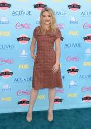 Maddie made plaid look cool at the Teen Choice Awards.
