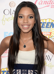 Teala Dunn wore her hair long and straight at the Teen Choice Awards.