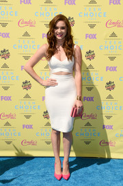 Greer Grammer turned up the heat at the Teen Choice Awards in a skintight white cutout dress.
