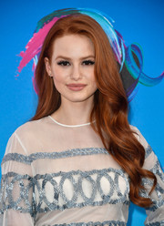 Madelaine Petsch was gorgeously coiffed with this long wavy 'do at the 2017 Teen Choice Awards.