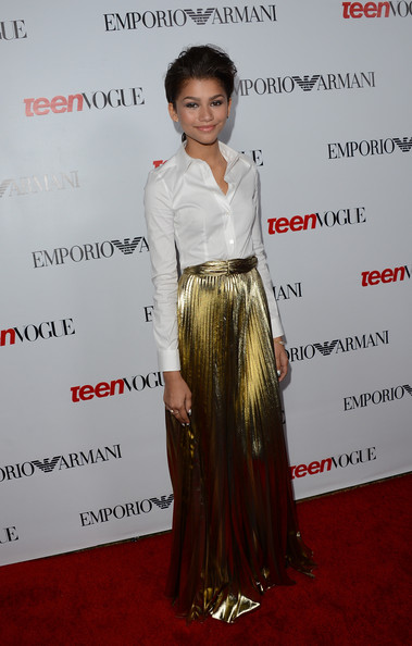 More Pics of Zendaya Coleman Gold Ring (1 of 9) - Gold Ring Lookbook - StyleBistro
