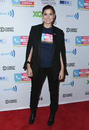 Debra Messing teamed a black tux jacket with matching jeans for the Telethon for America.