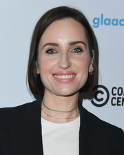Zoe Lister Jones kept it classic with this bob at the Telethon for America.