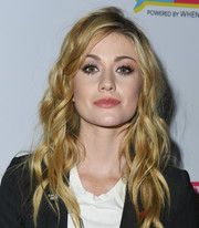 Katherine McNamara looked summer-glam with her piecey waves at the Telethon for America.