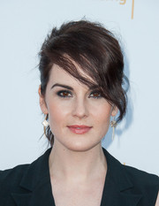 Michelle Dockery finished off her look with a smoky eye.