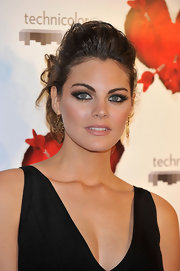 Amaia Salamanca wore a pair of intricately designed gold earrings at the 'Tension Sexual No Resuelta' premiere.