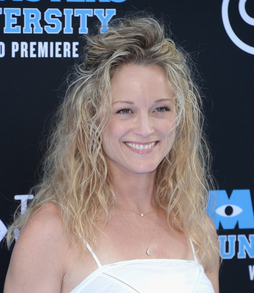 Teri Polo Half Up Half Down