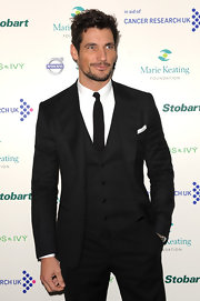 Looking quite daper, David Gandy styled his hair in a short wavy 'do.