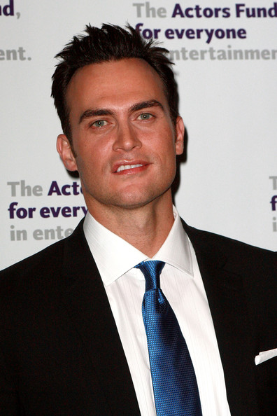 A mussed-up 'do gave Cheyenne Jackson a bit of a rock star vibe.