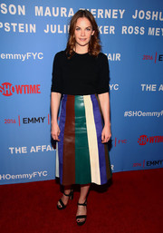 Ruth Wilson jazzed up her simple top with a multicolored A-line leather skirt.
