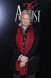 A bright red shawl added a bit of cheer to Candice Bergen's otherwise somber outfit at the New York Premiere of 'The Artist.'