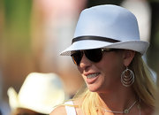 Paula Creamer accessorized with a cute pair of dangling hoops at the 2011 Masters Tournament.