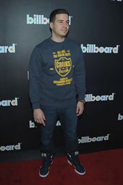Vinny Guadagnino traded in his Ed Hardy duds for a casual screen print sweatshirt at the Billboard launch event in NYC.