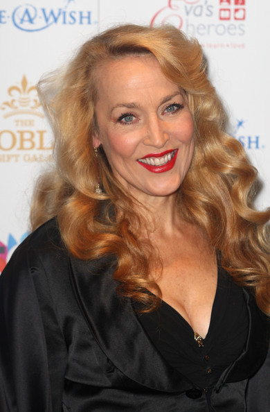 Jerry Hall went for retro curls on the red carpet. We love retro hairstyles, but these curls were taken a bit to far.
