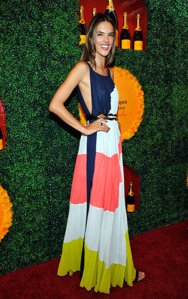 More Pics of Alessandra Ambrosio Maxi Dress (1 of 6) - Maxi Dress Lookbook - StyleBistro