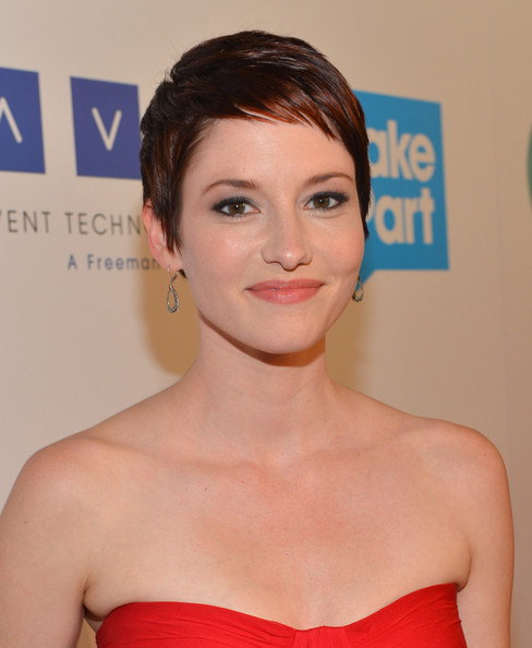 More Pics of Chyler Leigh Pixie (14 of 18) - Pixie Lookbook - StyleBistro