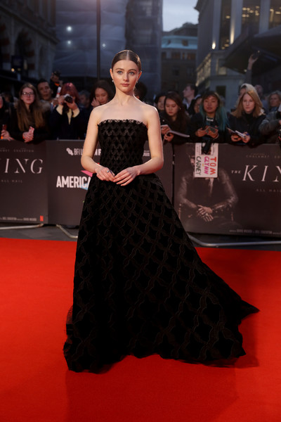 Thomasin Harcourt McKenzie Strapless Dress [the king,the king uk premiere,red carpet,dress,fashion model,carpet,clothing,gown,shoulder,premiere,flooring,strapless dress,thomasin harcourt mckenzie,uk,london,england,odeon luxe leicester square,premiere,bfi london film festival]