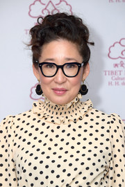 Sandra Oh looked ladylike with her curly updo at the Tibet House benefit gala.