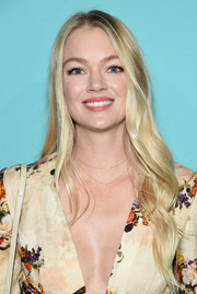 Lindsay Ellingson looked sweet and lovely with her long wavy 'do at the Tiffany & Co. fragrance launch.