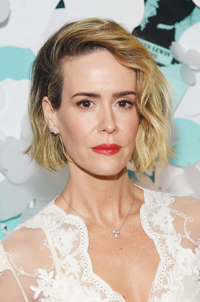 Sarah Paulson attended the Tiffany & Co. Paper Flowers event wearing an edgy-chic short wavy 'do.