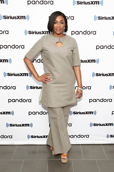 Tiffany Haddish Tunic [town hall with the cast of like a boss,photo,like a boss,clothing,dress,gesture,hoda kotb,cast,tiffany haddish,town hall,new york city,siriusxm,siriusxm studio,tiffany haddish,like a boss,t-shirt,fashion,actor,celebrity,clothing,trousers,the lego movie 2: the second part]