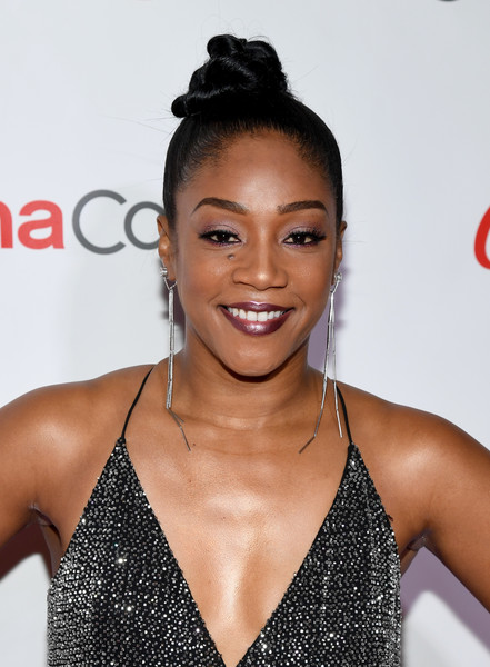 Tiffany Haddish Hair Knot