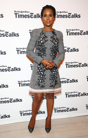 Kerry Washington complemented her dress with black lace pumps by SJP.