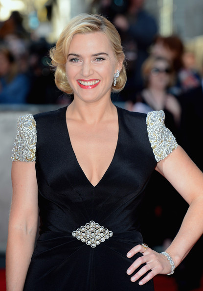 More Pics of Kate Winslet Red Lipstick (1 of 19) - Kate Winslet Lookbook - StyleBistro