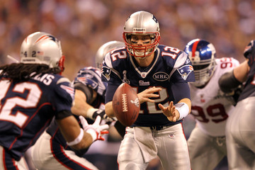 Tom Brady Benjarvus Green-ellis Super Bowl XLVI