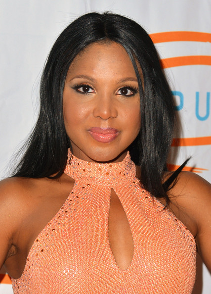 Toni Braxton Metallic Eyeshadow [hair,hairstyle,black hair,lip,beauty,eyebrow,long hair,neck,brown hair,muscle,toni braxton,california,beverly hills,beverly wilshire four seasons hotel,lupus la orange ball,arrivals]